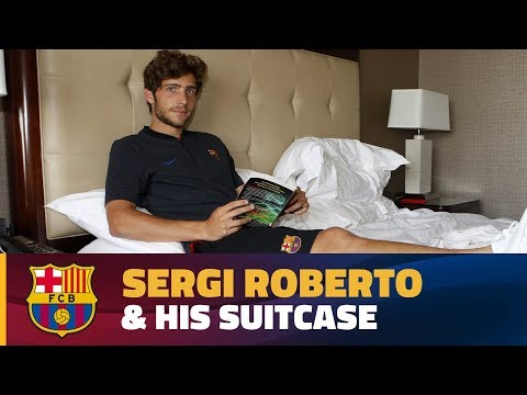 INSIDE TOUR | What's In Sergi Roberto's Case?