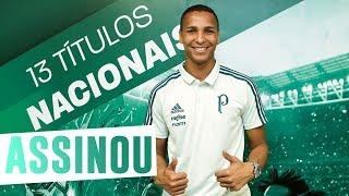 O Palmeiras oficializou na noite desta quinta (13) a contratação do atacante Deyverson. O carioca de 26 anos assinou por cinco temporadas.-----------------------Assine o Premiere e assista a todos os jogos do Palmeiras AO VIVO, em qualquer lugar, na TV ou no Premiere Play: http://bit.ly/1myhErs E se você já assina, participe da pesquisa e diga que seu time é o Palmeiras: http://bit.ly/2ad5HJo------------------------Seja Sócio Avanti, com desconto em ingressos e privilégios exclusivos! Clique aqui: http://bit.ly/1uKJsbA