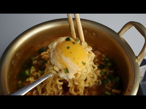 Korean Recipe: How to make the Best Korean Ramen Noodle – Ramyeon – 라면