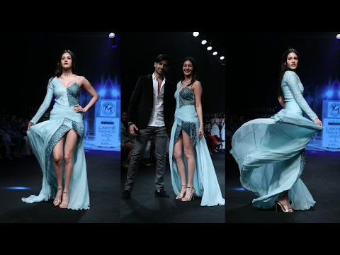 Amyra Dastur Walks Ramp For Designer Karn Malhotra At LFW Summer 2017