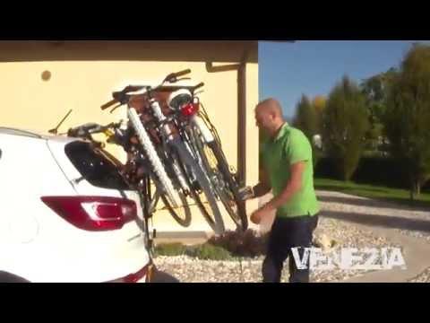Montaggio portabici posteriore per auto Peruzzo Venezia
