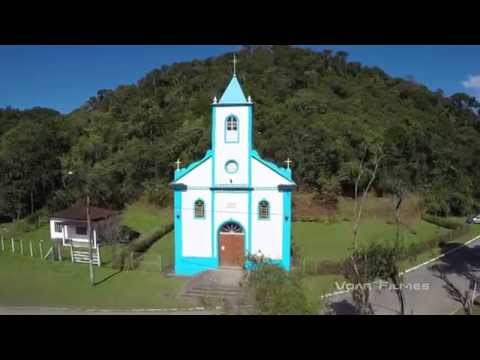 Clipe com imagens aéreas da Região Turística de Visconde de Mauá (RJ/MG)