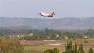 Video Take Off Jogja, Lion Air, Garuda,Sriwijaya Air,Batik Air,Nam Air,Air Asia dan Citilink Indonesia MP3, 3GP, MP4, WEBM, AVI, FLV Desember 2018