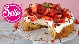 http://www.sallys-blog.deDu liebst Cookies und Erdbeeren? Dann bereite diese Cookie-Torte mit Erdbeeren zu. Der saftige Boden enthält knackige, backfeste Schokoladenstücke und wird mit einer Quarksahne bestrichen und reichlich mit Erdbeeren belegt. MEINE PRODUKTE: http://www.sallys-shop.deMeine Küchenmaschinen Top Angebote Kitchenaid & Kenwood: https://sallys-shop.de/kuechenmaschinen.html Sallys BACKBUCH: https://sallys-shop.de/buecher/sallys-classics-klassische-und-moderne-kuchen-und-torten.htmlSallys KOCHBUCH:https://sallys-shop.de/buecher/sallys-kochbuch-rezepte-fuer-kinder-1269.htmlSanapart: https://sallys-shop.de/san-apart-zum-sahnesteifen.htmlVanilleextrakt:https://sallys-shop.de/natuerliches-vanille-konzentrat-mit-samen-530.htmloriginal Sally Produkte:https://sallys-shop.de/sallys.htmlZitruspresse: https://sallys-shop.de/zitronenpresse.htmlMeine Sets: https://sallys-shop.de/sets.htmlMeine Silikonhelfer: https://sallys-shop.de/sonstige-werkzeuge.html?cat=69__Mein Name ist Sally. Ich bin 28 Jahre alt und von Beruf Lehrerin. In meiner Freizeit liebe ich es zu kochen und zu backen. Ich drehe Koch- und Backvideos und gebe nützliche Tipps für den Haushalt. Mindestens jeden Mittwoch, Freitag und Sonntag dürft ihr euch über ein neues Video von mir freuen! Auch Do it Yourself Videos, Sally On Tour und weitere Videos findet ihr bei mir.Homepage: http://www.sallyswelt.deShop: http://www.sallys-shop.deFacebook: http://www.facebook.com/sallystortenweltInstagram: http://instagram.com/sallystortenweltBlog: http://www.sallys-blog.deKontakt: info@sallystortenwelt.deSallys Shop GmbH & Co. KGLindenhofplatz 1178727 Oberndorf am Neckar Deutschland