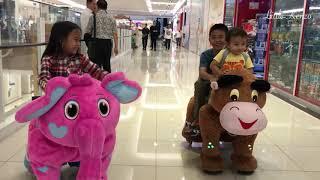 Video Kenzo naik Boneka Robot Hewan di AEON Mall | Main Kejar Kejaran sama Kakak Zara Cute MP3, 3GP, MP4, WEBM, AVI, FLV Juli 2018