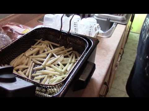 HOW TO MAKE HOME MADE FRENCH FRIES ( MCDONALDS RECIPE )!!