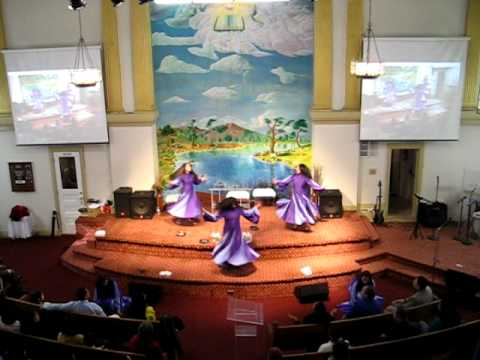 alabanzas y danza - Dance ministry Accion de Alabanza glorifying God thru a dance.