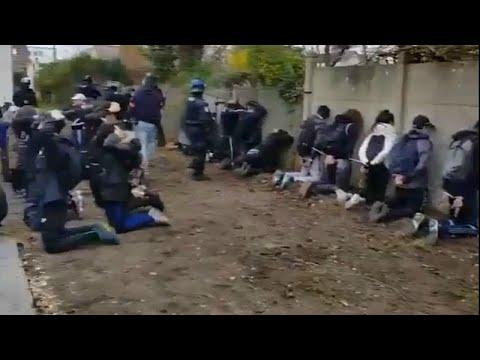 Γαλλία: Εικόνες σοκ – Μαθητές γονατίζουν με εντολή αστυνομικών …