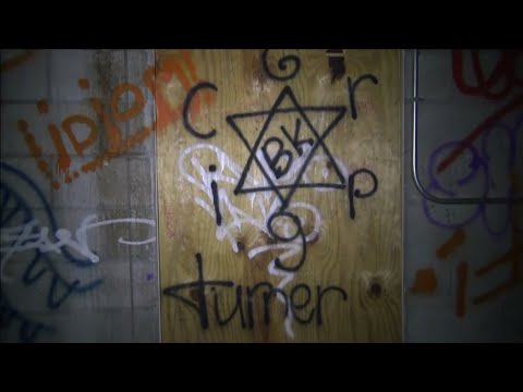 ABANDONED FARM With Noose hanging in Barn and Signs of Satanic Worship