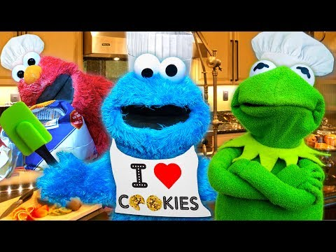 Cooking with Cookie Monster! Kermit the Frog and Cookie Monster