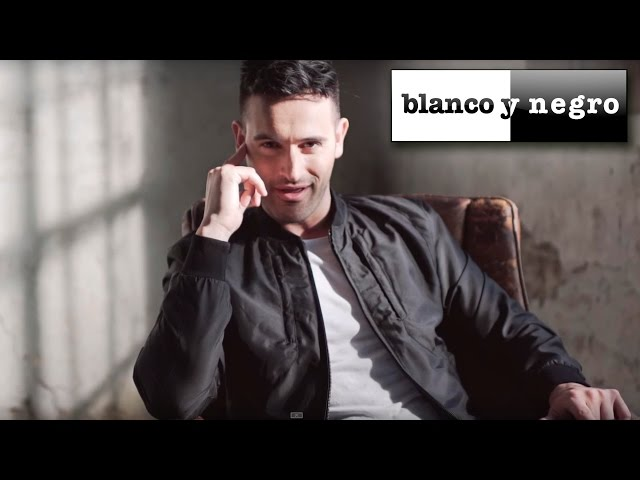 Romántico Latino - Loco Corazón (Official Video)