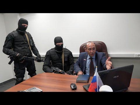 Виталий Наливкин смотрит себя на НТВ
