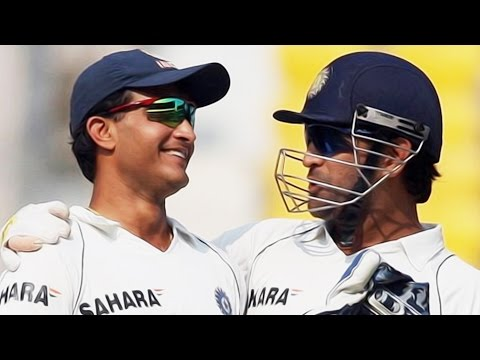 Times-when-Dhoni-and-Dada-Rubbed-their-shoulders--Nostalgic-Moments