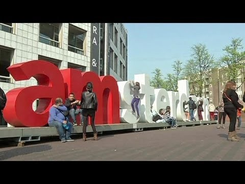Amsterdam : des juifs taxés pour leurs maisons occupées par des nazis