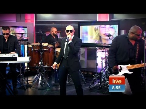 Pitbull (rapper) - Rapper Pitbull performs his new single 'Get It Started' LIVE on Sunrise ahead of his national tour.