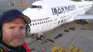 Video Ultra RARE Iron Maiden Ed Force One at Vancouver International Airport Canada MP3, 3GP, MP4, WEBM, AVI, FLV Agustus 2018