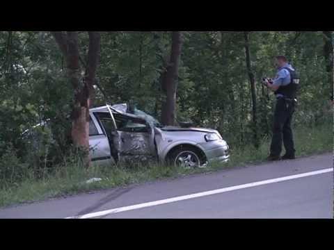 Rhoden: Unfall auf B 252, Schutzengel an Bord