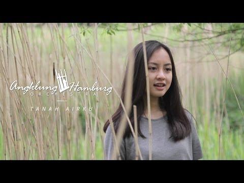Video Tanah Air - Angklung Hamburg Orchestra ft. Gita & Paulus download in MP3, 3GP, MP4, WEBM, AVI, FLV January 2017