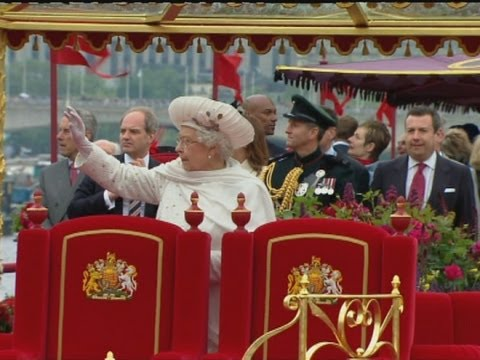 jubilee - A montage of the best bits of the Queen's Diamond Jubilee River Pageant on the Thames, involving a flotilla of 1000 boats. Report by Mark Morris. Like us on...