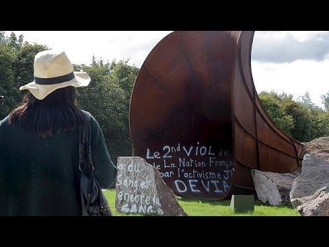 Βάνδαλοι έγραψαν αντισημιτικά συνθήματα σε γλυπτό στις Βερσαλλίες