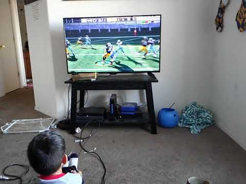 Le'Veon Bell controlled by a 4 year old