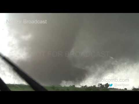 Moore - This is video captured of the Moore, Oklahoma tornado on May 20, 2013. This video contains from beginning to end of the lifecycle of the tornado. ***NOT FOR ...