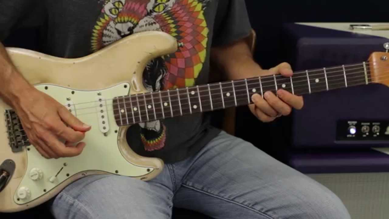 Blues Soloing – Using Chromatic Scales In Pentatonic Phrasing – Guitar Lesson