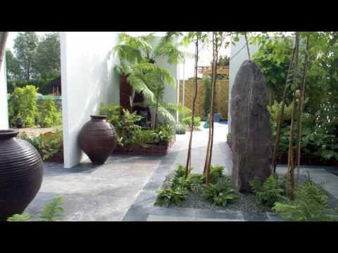 Egy kert felújításának képei egy videóban!