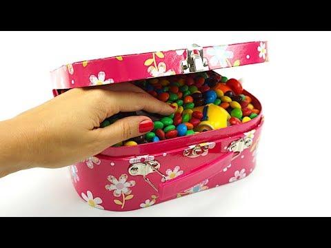 Распаковываем сюрпризы и ищем игрушки  Сюрпризы и игрушки для детей  Детский канал Игрушкин ТВ