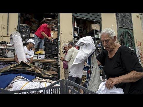 Οι Έλληνες αγωνιούν για τις εξελίξεις