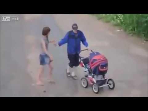 Seba i Karyna na spacerku z Brajankiem…