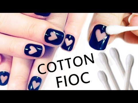 nail art - cuori con il cotton fioc