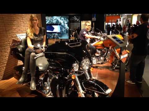Vídeos de 'Vídeo EICMA 2014: Novedades Harley-Davidson'