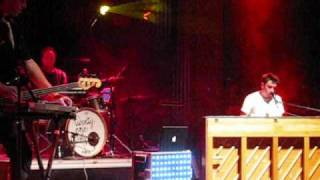 Download Lagu Twenty One Pilots - Johnny Boy (Encore Chant) Live @ The Newport Music Hall 2-19-11 Mp3