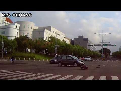 台中市大雅區 闖紅燈 車禍