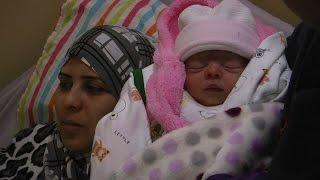 """المواطن """"ضرار الشيخ إبراهيم"""" يرزق بمولودة أسماها """"ريام"""" بعد 11 عاماً من الإنتظار"""