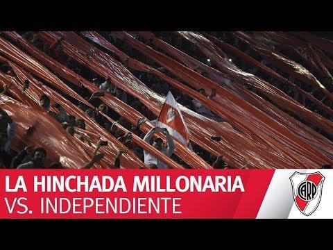 La hinchada en el partido contra Independiente