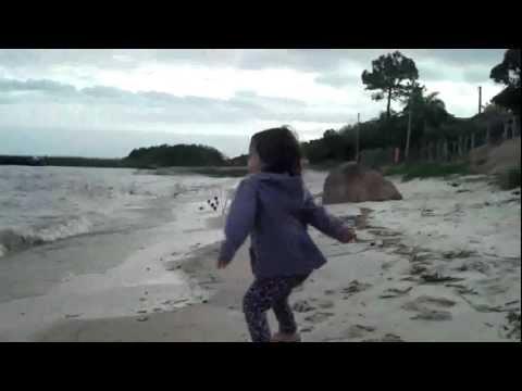 JULINHA NA PRAIA EM TAPES 01