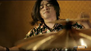 "Video The Drum Heroes - Killing Me Inside ""Never Go Back"" ( Drums Played by Putra Pra Ramdhan ) MP3, 3GP, MP4, WEBM, AVI, FLV Oktober 2018"