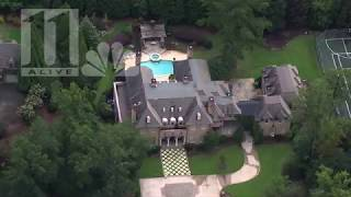Artist R. Kelly has a home in John's Creek, a suburb of Atlanta.
