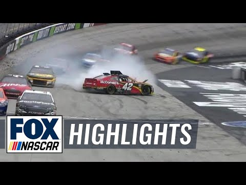Kyle Larson spins, loses lead after hitting Ryan Newman | 2018 BRISTOL | FOX NASCAR