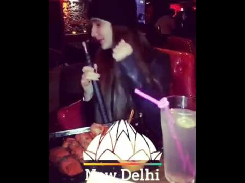 Video Awesome dance step by pakistani girl in sheesha cafe download in MP3, 3GP, MP4, WEBM, AVI, FLV January 2017