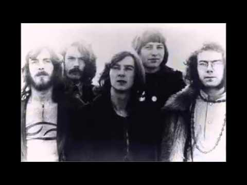 Tekst piosenki King Crimson - Epitaph po polsku