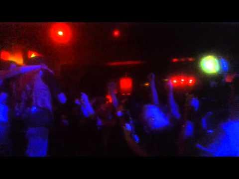 The Weirdos - We Got The Neutron Bomb (live in LB)