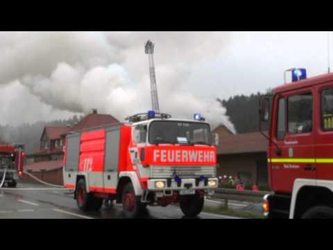 Diemelstadt: Brand auf Bauernhof