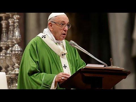 Ο Πάπας Φραγκίσκος στο πλευρό προσφύγων και μεταναστών