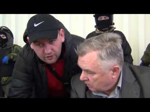 ПРАВЫЙ СЕКТОР  ворвался  НА СЕССИЮ РАДЫ в Василькове