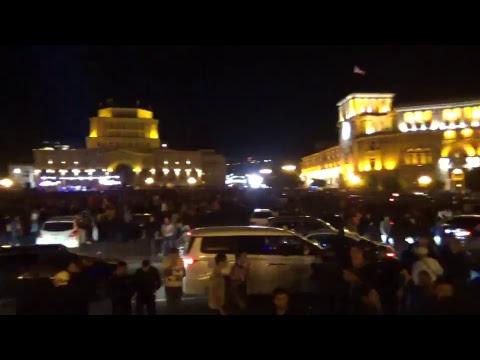 ՈՒՂԻՂ. Փաշինյանի գլխավորած շարժումը կրկին փողոցում է - DomaVideo.Ru