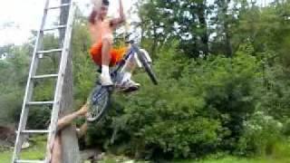 Download Lagu Bicycle Zip Line Fail Mp3