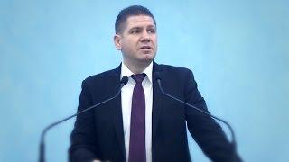 Marius Livanu – Reactii la nasterea Domnului Isus.